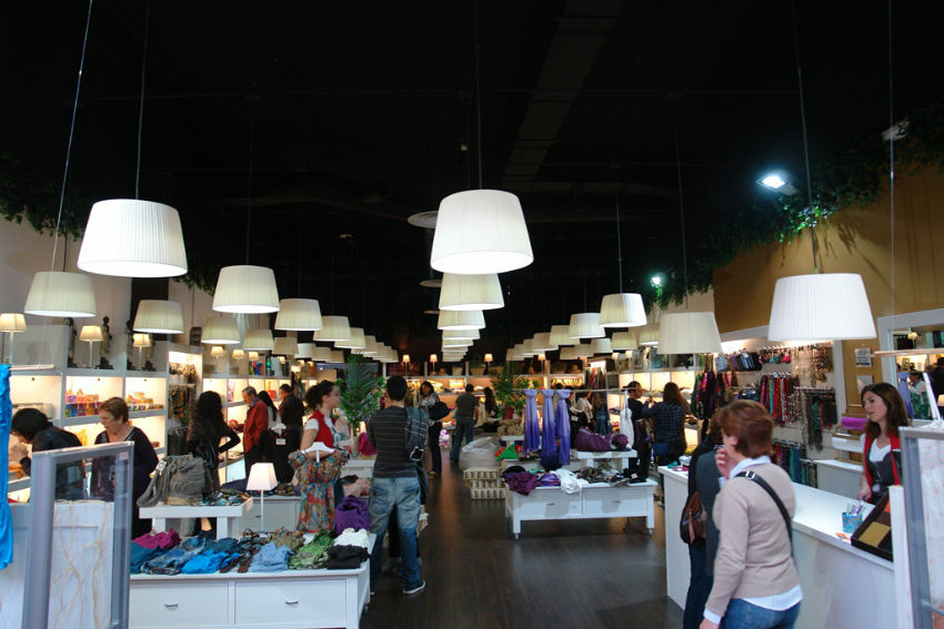 Iluminaci n led en tiendas natura as de led - Iluminacion en valencia ...