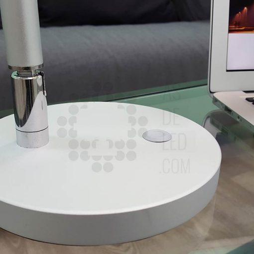 Comprar flexo LED 7W - Aluminio - Diseño vanguardista - Regulable peana