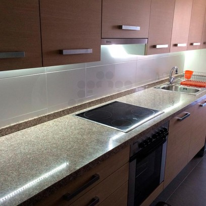 Cocina iluminada con tiras LED - AS de LED ®