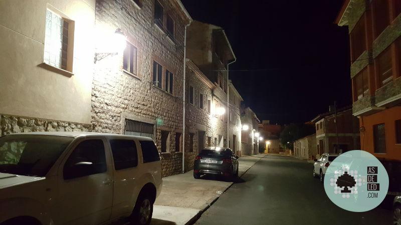 Bombillas LED para farola instaladas en Teruel (Bronchales) 11