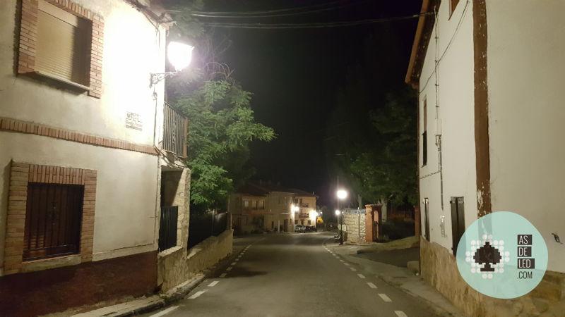 Bombillas LED para farola instaladas en Teruel (Bronchales) 02