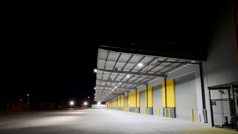 Ejemplo de iluminación LED en nave industrial 04