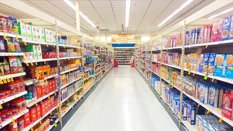 Ejemplo de iluminación LED en supermercado 02