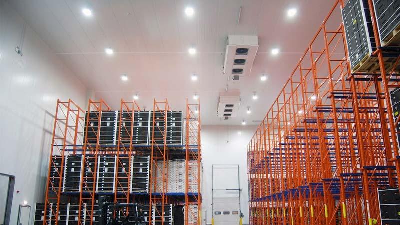 Ejemplo de iluminación LED en nave industrial 03