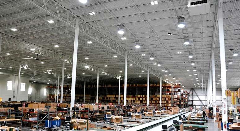 Ejemplo de iluminación LED en nave industrial 05