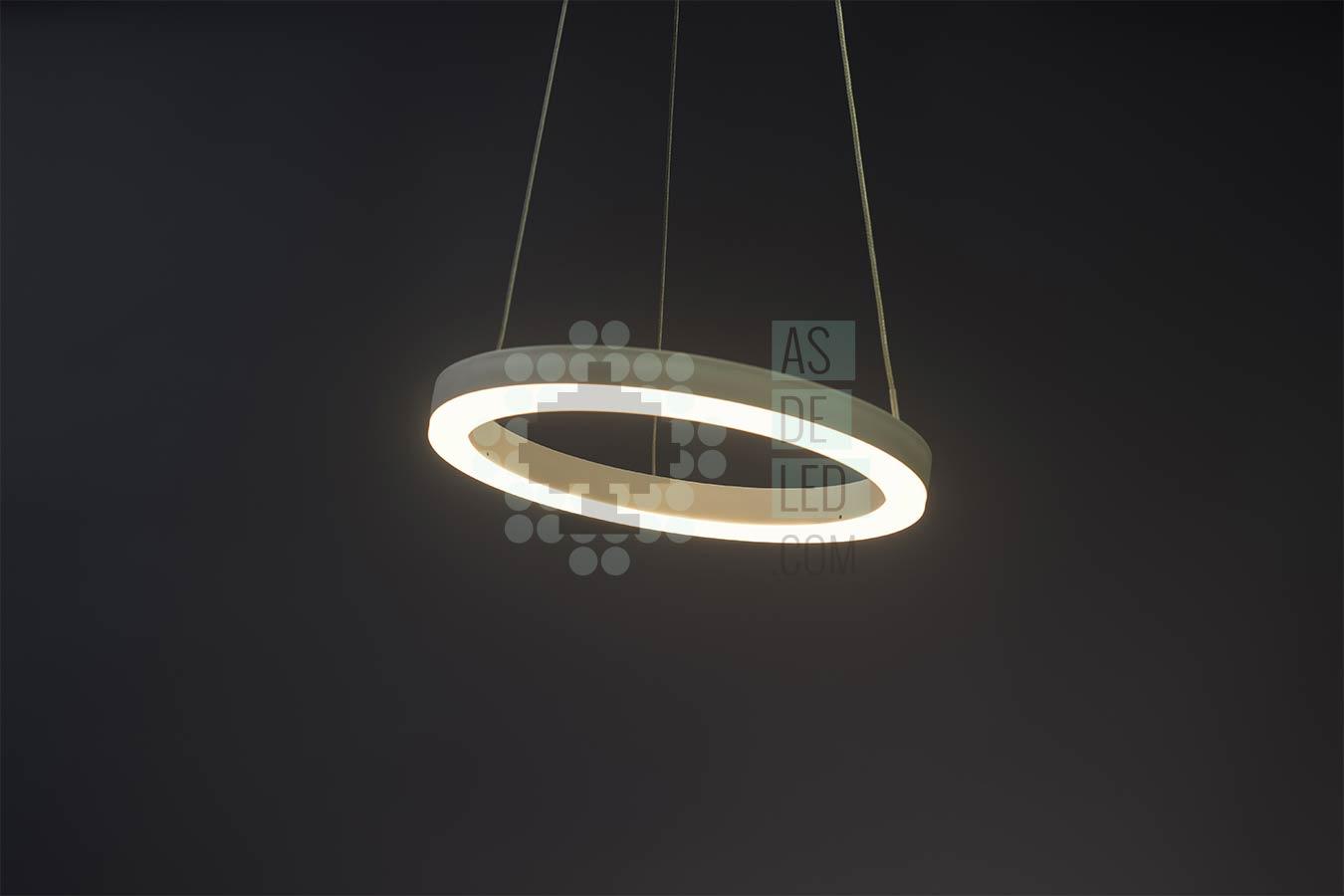Lámpara LED colgante redonda de gran tamaño fabricada en España